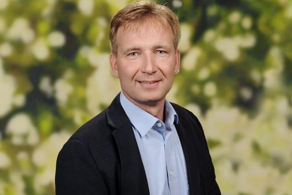 Herr Alexander Wege